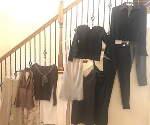 Name brand bulk women's clothing - 13 items great condition, size 2 / XS $75 for Sale in Lascassas,  TN