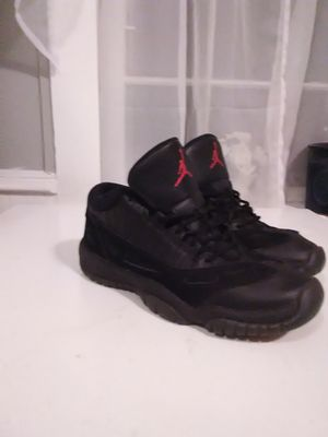 Jordan 11 low referee triple black for Sale in Williamsport, PA
