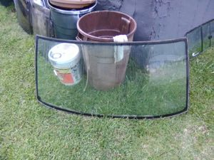 Parting out 1986.5 Nissan D21 Windshield for Sale in Temple, GA