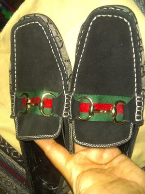 Mens Gucci Italy loafer shoes size 11 (45) for Sale in National City, CA