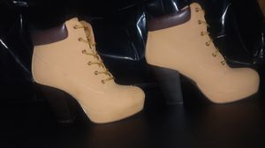 Womens 7 1/2 High Heel Work Boots for Sale in Raleigh, NC