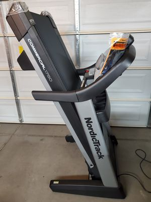 New Nordictrack Commercial 1750 Treadmill for Sale in Surprise, AZ