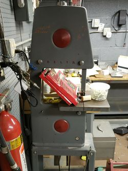 Delta Rockwell Band Saw..working. Must Sell Now for Sale in Gates Mills,  OH