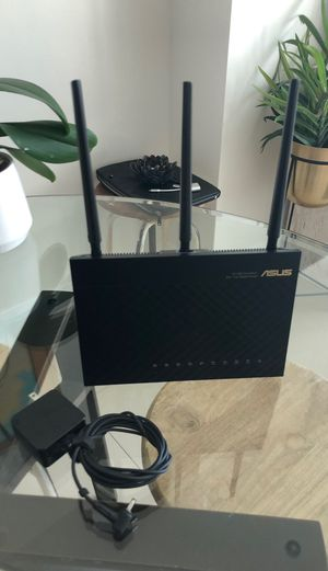 ASUS AC1900 Dual band router for Sale in Miami, FL