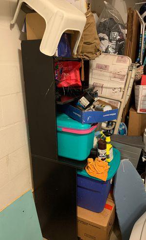 Small bookshelf/desk for Sale in Land O Lakes, FL
