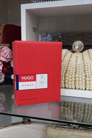 HUGO BOSS WOMEN 4.2 OZ / 125 ML Perfume/Cologne/Fragrance for Sale in Irving, TX