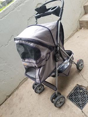 Pet stroller cleaned out dont need any more like new! for Sale in Denver, CO