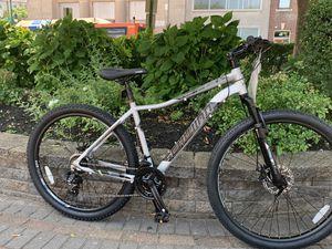 Brand new schwinn mountain bike size wheel 27.5 aluminum frame for Sale in Westbury, NY