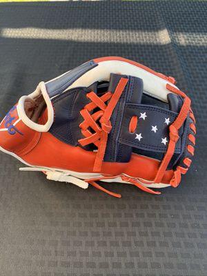Soto custom glove for Sale in Norwalk, CA