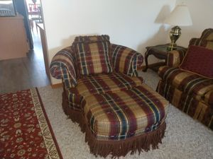 American 3pc living room set . Hardly ever use it. Excellent condition. for Sale in Saginaw, MI