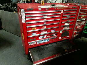 Mac tool box with snap on side cabinet for Sale in Saint Petersburg, FL