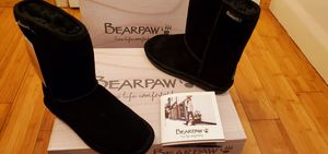 Bearpaw Short Boots size 7 for Women . for Sale in Paramount, CA