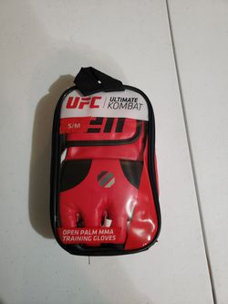 UFC training gloves for Sale in Campbell,  CA