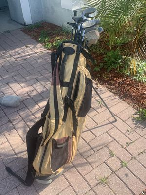 21 piece golf set for Sale in Haines City, FL