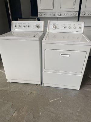 Set washer and dryer Kenmore good condition 90 days warranty the dryer is gas for Sale in San Leandro, CA
