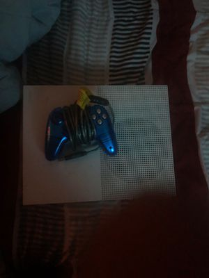 Xbox one With Exclusive Light Up Controller for Sale in Washington, DC