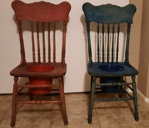 Two solid Oak Chairs coverted to Flower Pot Chairs! One for 30.00 OR Two for 50.00) VERY UNIQUE!! for Sale in Phoenix, AZ