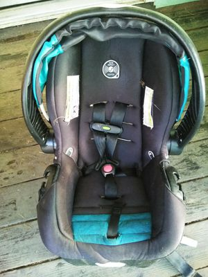 Evenflo infant car seat retail $189 asking $50 for Sale in Elma, WA