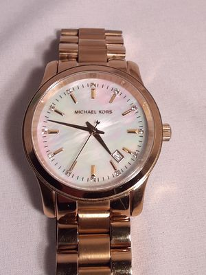 Excellent Michael Kors womens watch for Sale in Chino, CA