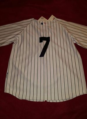 Authentic retired #7 Mickey Mantle jersey for Sale in Leavenworth, WA