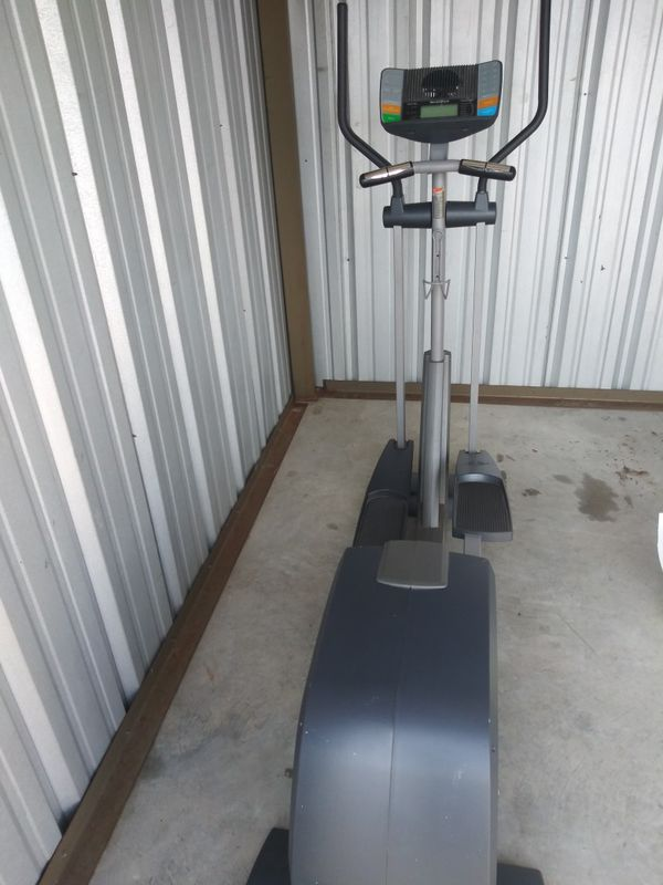 Nordictrack elliptical!! Delivery available