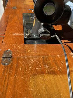 Antique Singer Sewing Machine Model 15-91 for Sale in White Plains,  NY