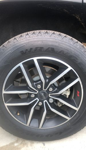 18 inch jeep grand Cherokee wheels with tires for Sale in Anaheim, CA