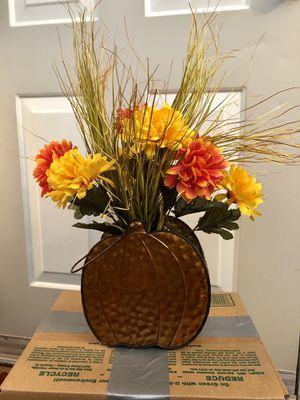 Fake flower arrangement for Sale in Chandler, AZ