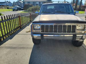91 Jeep Cherokee 4x4 for Sale in Puyallup, WA