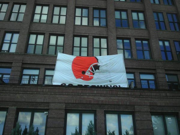 Giant Cleveland Browns Banner