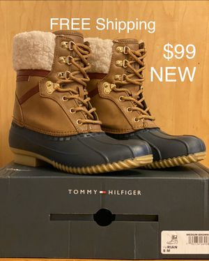 Women's Rain Snow Boots Size 8 Tommy Hilfiger Rian 8M for Sale in Cambridge, MA