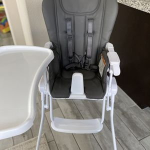 Joovy Nook Highchair for Sale in Henderson, NV