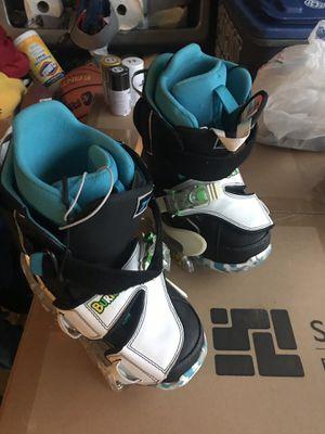 Burton snowboarding boots and binding SZ 6 men Ashburn VA for Sale in Ashburn, VA