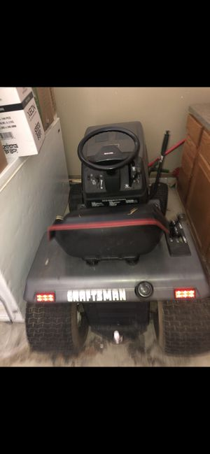 Craftsman lawn mower tractor for Sale in Westlake, OH