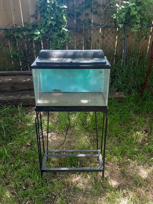 10 gallon fish tank for Sale in Fort Worth, TX