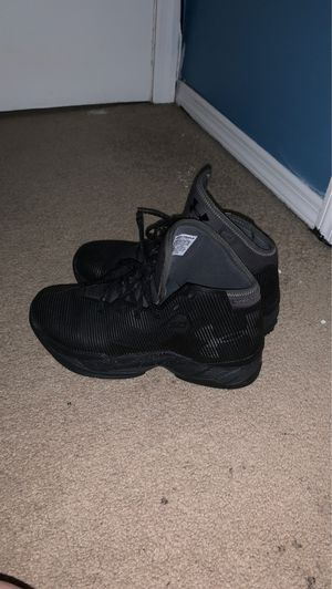 Curry 2.5 black size 8.5 for Sale in Bowie, MD