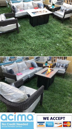 Patio furniture set sunbrella cushions with fire pit for Sale in Riverside, CA