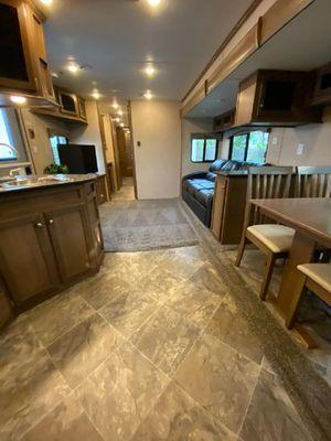 2020 44ft Monte Carlo RV / Travel Trailer / Camper for Sale in Leander, TX
