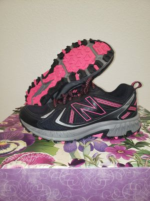 Womens Black, Grey and Pink Nike Shoes Size 7 Wide for Sale in Fort Worth, TX