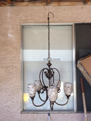 5 light chandelier for Sale in Phoenix, AZ