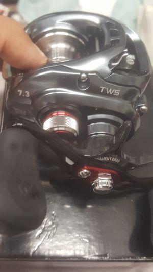 Daiwa tatula sv tw103 baitcasting fishing reel for Sale in Anaheim, CA