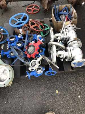 Pipe fittings valves expansion joints. for Sale in Mount Angel, OR