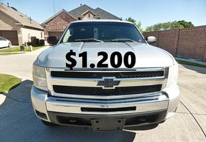 Nothing\Wrong 2011 Chevrolet Silverado 4WDWheelss for Sale in Fairfield, CT