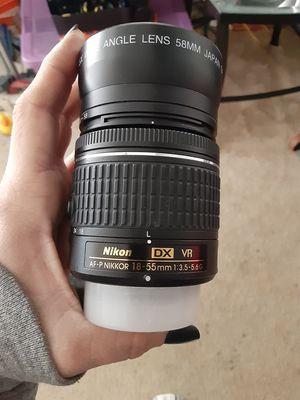Nikon AF-P NIKKOR 18-55mm w/ WIDE ANGLE 58MM MARCO LENS for Sale in Woodhaven, MI