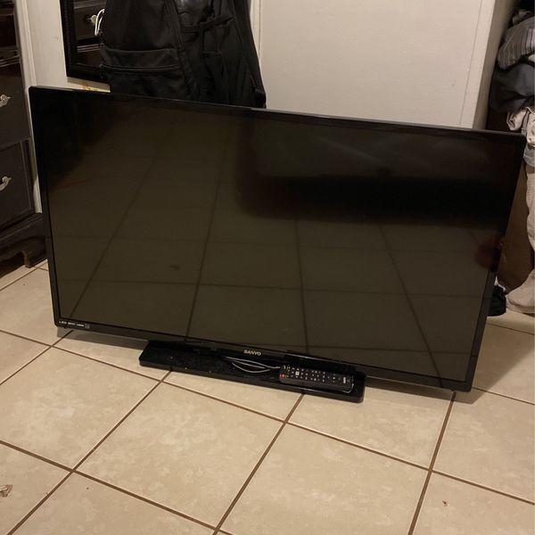 38 inch Sanyo flatscreen tv