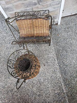 Wicker and rod iron decor! for Sale in Everett, WA