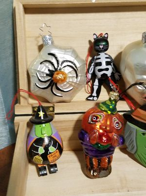 ***misc Halloween ornaments*** for Sale in Woodinville, WA