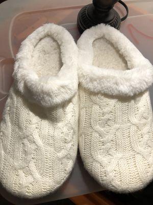 Women's slippers for Sale in Aurora, IL