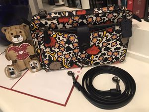 COACH Pop-Up Messenger Crossbody Bag for Sale in Lawrenceville, GA