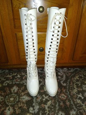 Lace up platform boots. Zipper on side for easy on and off for Sale in Groveland, IL